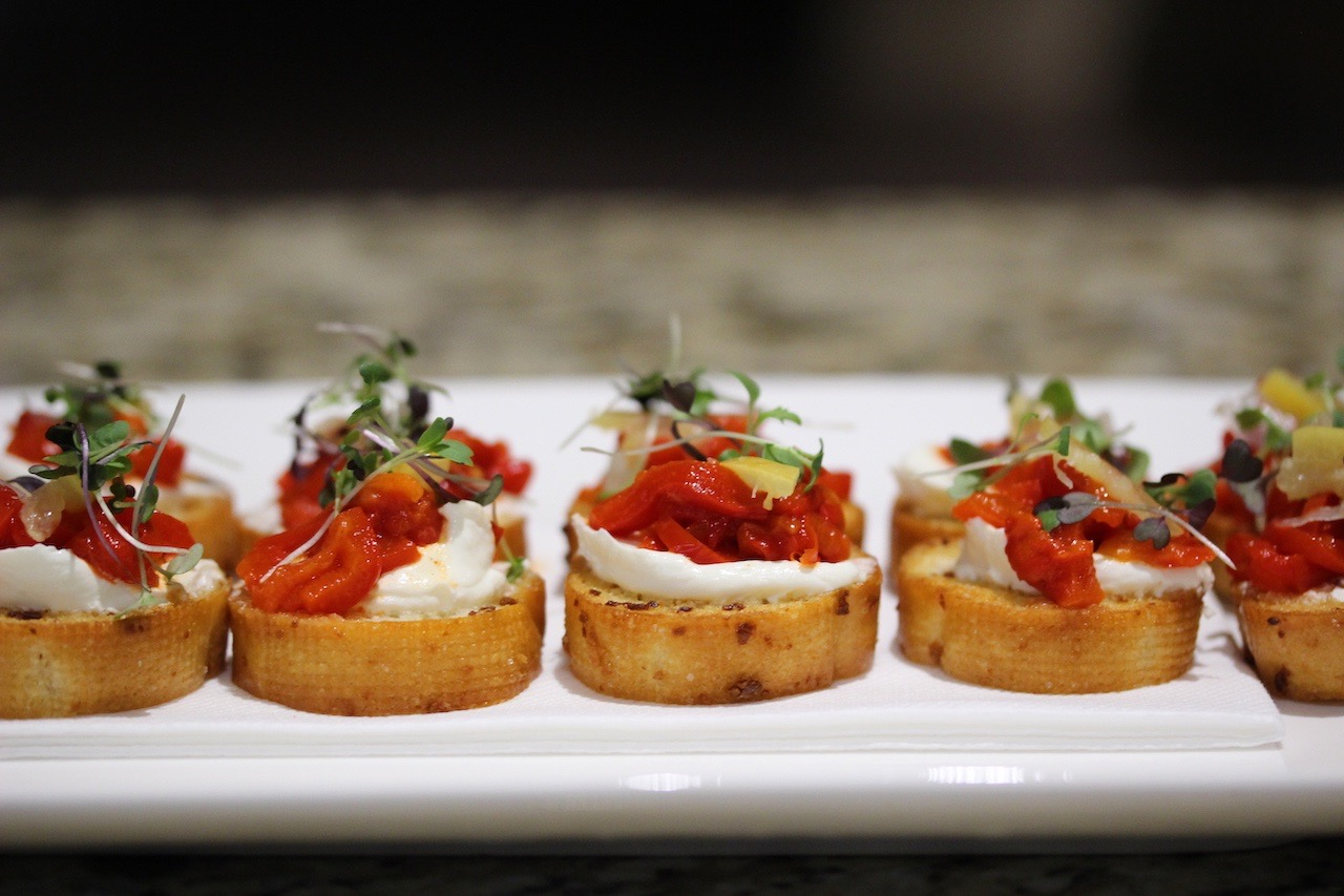 buffalo mozzarella and roasted capsicum crostini